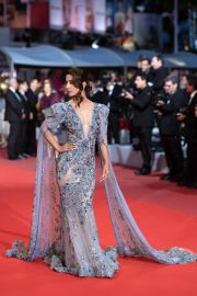 "Hina Khan at Screening of ""Bacurau"" at The 72nd annual Cannes Film Festival 2019/05/15 1"