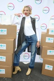 Jaime King at Rainbow Light and Vitamin Angels To Help Women in Need 2019/04/30 9