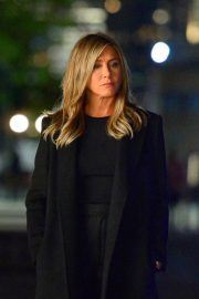 Jennifer Aniston Late Night Shoot for Her Upcoming Movie 2019/05/10 4