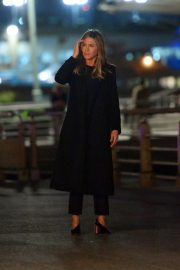 Jennifer Aniston Late Night Shoot for Her Upcoming Movie 2019/05/10 8