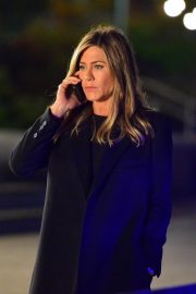 Jennifer Aniston Late Night Shoot for Her Upcoming Movie 2019/05/10 9