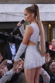 Jennifer Lopez Performing on NBC's Today Show in New York 2019/05/06 13