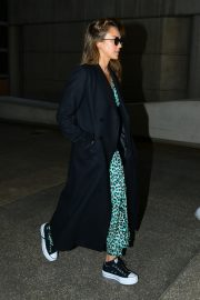 Jessica Alba and Cash Warren Arrives in LA Celebrates Wedding Anniversary in Paris 2019/05/03 4