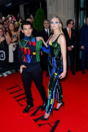 Joe Jonas and Sophie Turner Out for the Met Gala in New York 2019/05/06 2