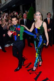 Joe Jonas and Sophie Turner Out for the Met Gala in New York 2019/05/06 5