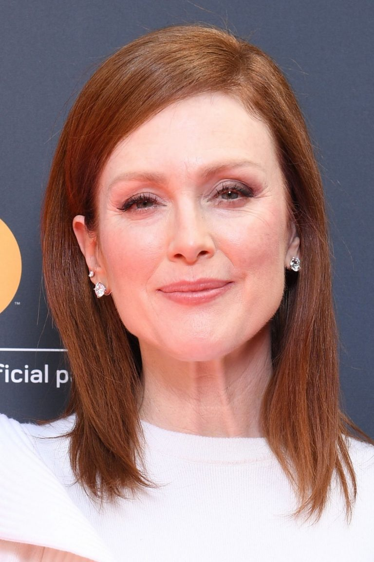 Julianne Moore in Stylish White Top During at 72nd Annual Cannes Film Festival 2019/05/15 1
