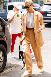 Justin Bieber and Hailey Bieber Out and About in New York 2019/05/04 7