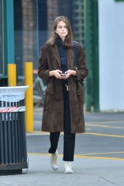Kaia Gerber for a Cab in SoHo in New York 2019/05/03 3