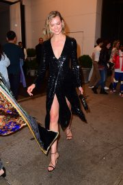 Karlie Kloss Arrives Pre Met Gala Party at the Edition Hotel in Times Square 2019/05/04 6