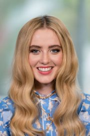 Kathryn Newton at Universal Studios Hollywood in Universal City 2019/05/10 3