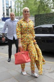 Katy Perry Out of Her Hotel in London 2019/05/01 4