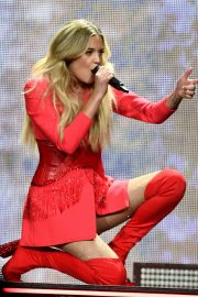 """Kelsea Ballerini Performs at """"Miss Me More"""" Tour in Sioux City 2019/05/04 2"""
