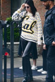 Kendall Jenner Out in New York 2019/05/04 4