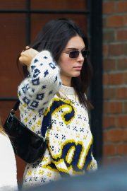 Kendall Jenner Out in New York 2019/05/04 7