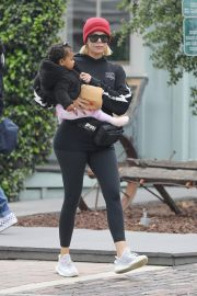 Khloe Kardashian Out and About in Calabasas 2019/04/30 18