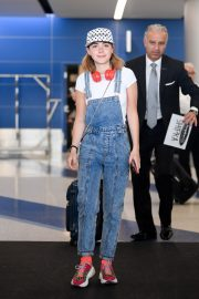 Kiernan Shipka Arrives at LAX Airport in Los Angeles 2019/05/02 5