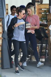 Kristen Bell Out in Los Angeles 2019/04/26 2