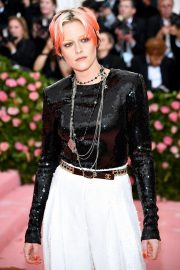 Kristen Stewart at The 2019 Met Gala celebrating Camp: Notes on Fashion in New York City 2019/05/06 8