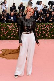 Kristen Stewart at The 2019 Met Gala celebrating Camp: Notes on Fashion in New York City 2019/05/06 14