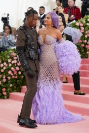 Kylie Jenner at 2019 Met Gala Celebrating Camp: Notes on Fashion in New York 2019/05/06 9