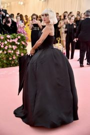 Lady Gaga at the 2019 Met Gala Celebrating Camp: Notes on Fashion in New York 2019/05/06 3
