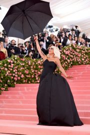 Lady Gaga at the 2019 Met Gala Celebrating Camp: Notes on Fashion in New York 2019/05/06 9