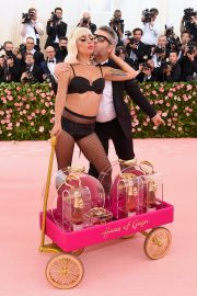 Lady Gaga at the 2019 Met Gala Celebrating Camp: Notes on Fashion in New York 2019/05/06 11