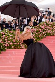 Lady Gaga at the 2019 Met Gala Celebrating Camp: Notes on Fashion in New York 2019/05/06 13