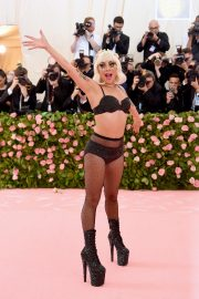 Lady Gaga at the 2019 Met Gala Celebrating Camp: Notes on Fashion in New York 2019/05/06 14