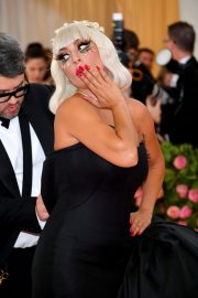 Lady Gaga at the 2019 Met Gala Celebrating Camp: Notes on Fashion in New York 2019/05/06 16