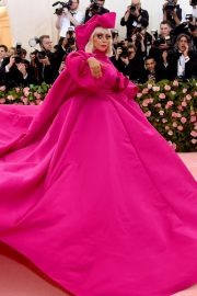 Lady Gaga Attends the 2019 Met Gala Celebrating Camp: Notes on Fashion in New York 2019/05/06 1