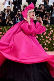 Lady Gaga Attends the 2019 Met Gala Celebrating Camp: Notes on Fashion in New York 2019/05/06 2