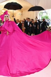 Lady Gaga Attends the 2019 Met Gala Celebrating Camp: Notes on Fashion in New York 2019/05/06 3