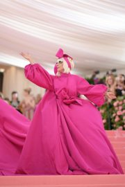 Lady Gaga Attends the 2019 Met Gala Celebrating Camp: Notes on Fashion in New York 2019/05/06 8