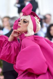 Lady Gaga Attends the 2019 Met Gala Celebrating Camp: Notes on Fashion in New York 2019/05/06 9