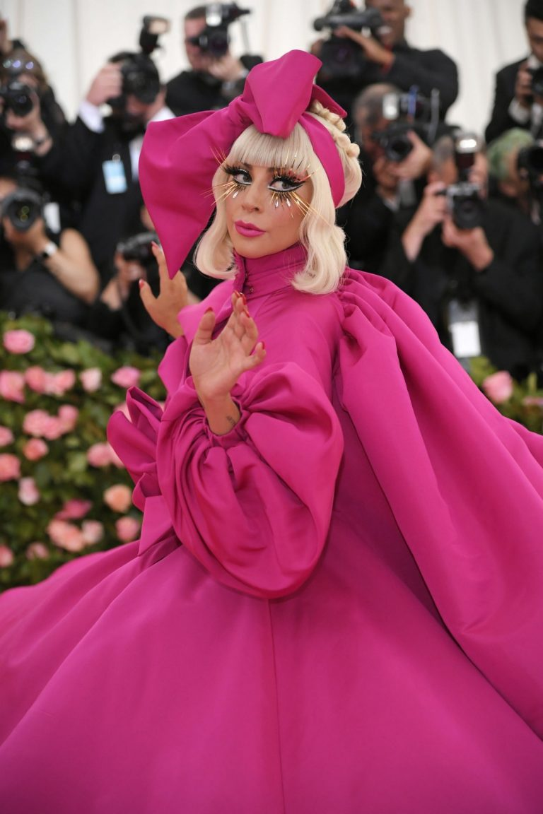 Lady Gaga Attends the 2019 Met Gala Celebrating Camp: Notes on Fashion in New York 2019/05/06 11