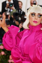 Lady Gaga Attends the 2019 Met Gala Celebrating Camp: Notes on Fashion in New York 2019/05/06 16