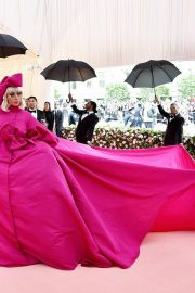 Lady Gaga Attends the 2019 Met Gala Celebrating Camp: Notes on Fashion in New York 2019/05/06 24