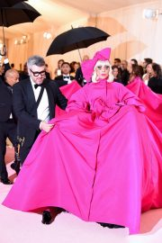 Lady Gaga Attends the 2019 Met Gala Celebrating Camp: Notes on Fashion in New York 2019/05/06 29