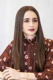 """Lily Collins at """"Tolkien"""" Press Conference in Hollywood 2019/04/22 1"""