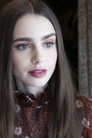 """Lily Collins at """"Tolkien"""" Press Conference in Hollywood 2019/04/22 2"""