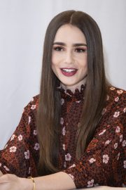 """Lily Collins at """"Tolkien"""" Press Conference in Hollywood 2019/04/22 11"""
