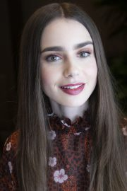 """Lily Collins at """"Tolkien"""" Press Conference in Hollywood 2019/04/22 14"""