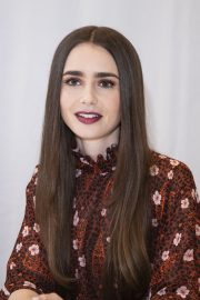 """Lily Collins at """"Tolkien"""" Press Conference in Hollywood 2019/04/22 20"""