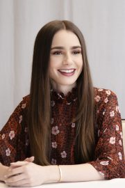 """Lily Collins at """"Tolkien"""" Press Conference in Hollywood 2019/04/22 21"""
