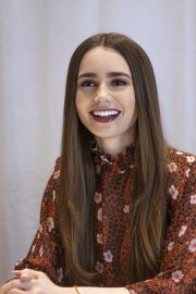 """Lily Collins at """"Tolkien"""" Press Conference in Hollywood 2019/04/22 23"""