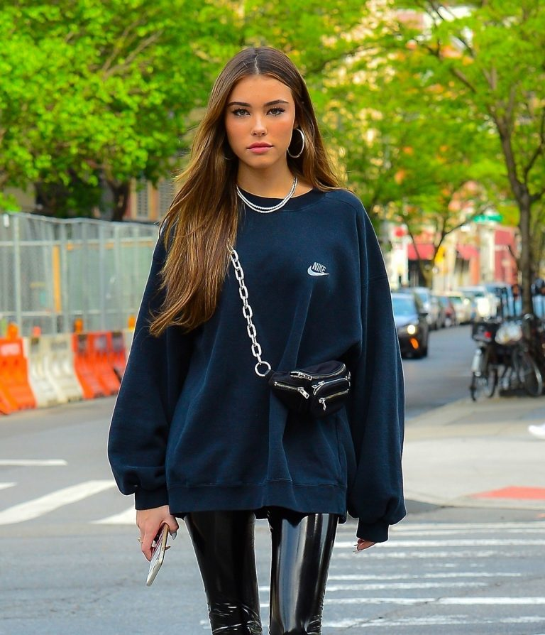 Madison Beer in Oversized Nike Sweatshirt Out in New York 2019/05/10 1
