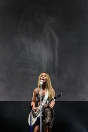 """Maren Morris Performs at Her """"GIRL: The World Tour"""" at Brooklyn Steel in the Brooklyn 2019/05/03 7"""