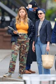 Michelle Williams with her daughter Out in New York 2019/05/06 7