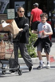Nicole Richie Grocery Shopping Out in Los Angeles 2019/05/01 2